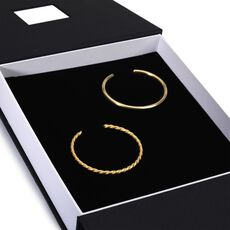 This is an image of the product Exclusive Gold Bangle Set