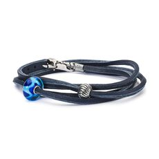 This is an image of the product Bracciale in Cuoio Onde Azzurre