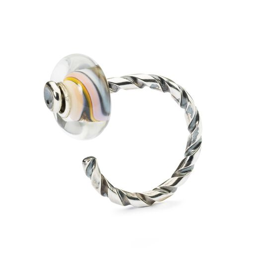 Twisted Ring of Change