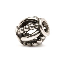 This is an image of the product Royal Bead, Silver