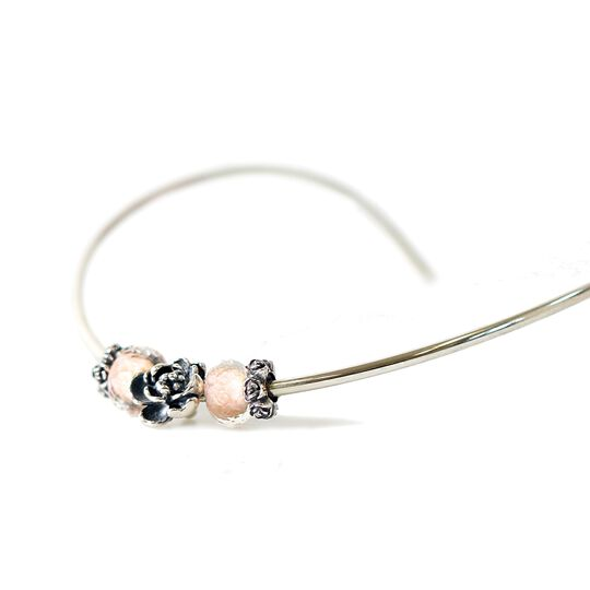 My Rose Neck Bangle