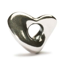 This is an image of the product Soft Heart Bead
