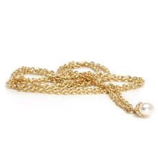 This is an image of the product Gold Fantasy Necklace With Pearl