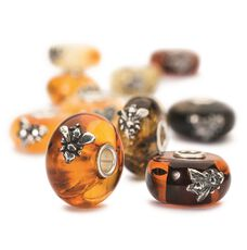 This is an image of the product Wings of Amber Single