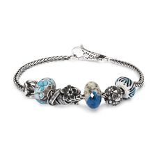 This is an image of the product Bracelet of March