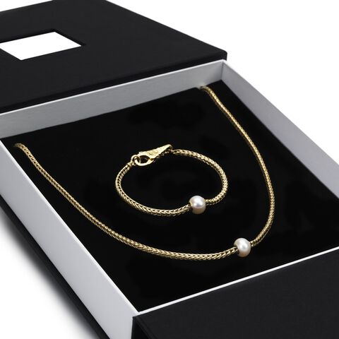 Exclusive 18K Gold Gift Set