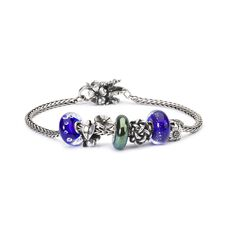 This is an image of the product Bracelet of September