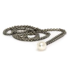 This is an image of the product Collier en argent avec perle