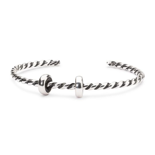 Twisted Silver Bangle with 2 x Silver Spacers