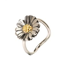 This is an image of the product The Daisy Ring