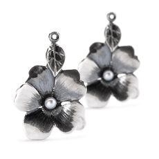 This is an image of the product Boucles d'oreilles esprit des fleurs