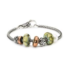 This is an image of the product Bracciale di Ottobre