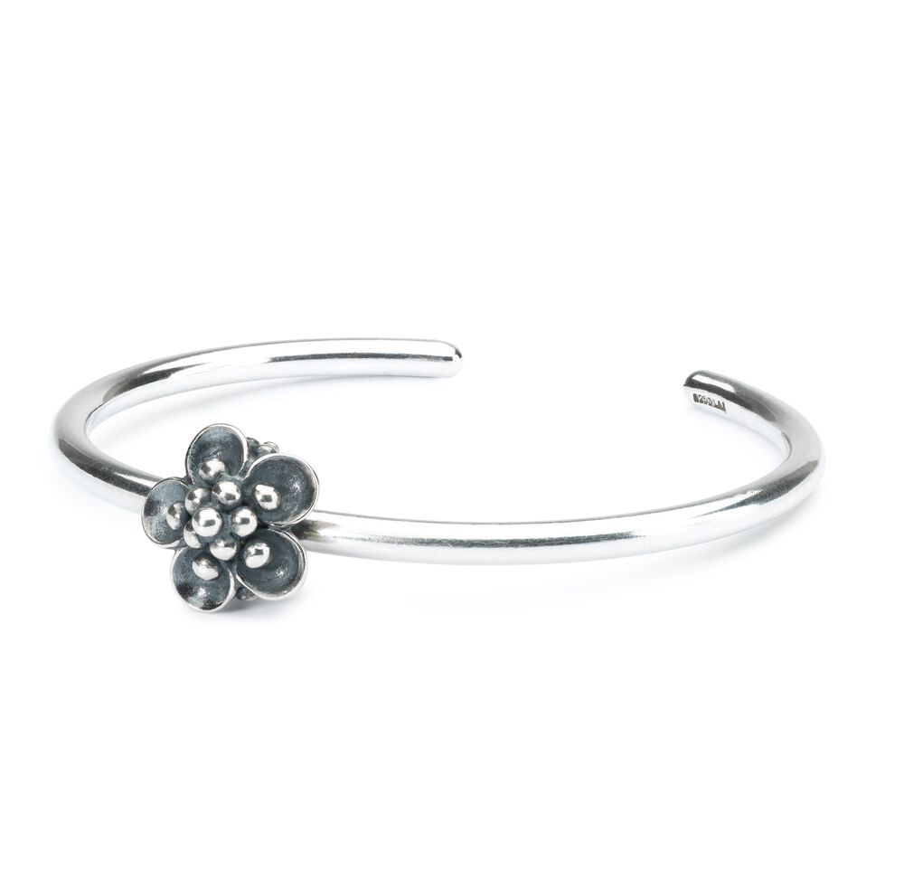 Water Lily Spacer