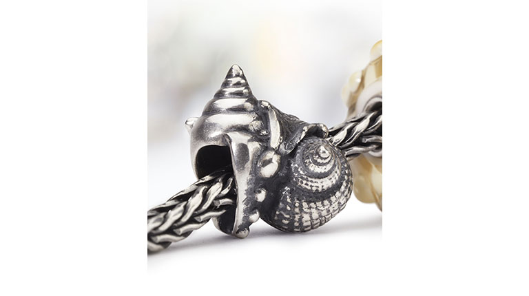 The Love Conch Bead