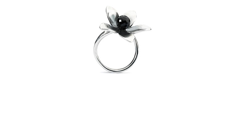Spring Collection 2017 Venus Flower Ring