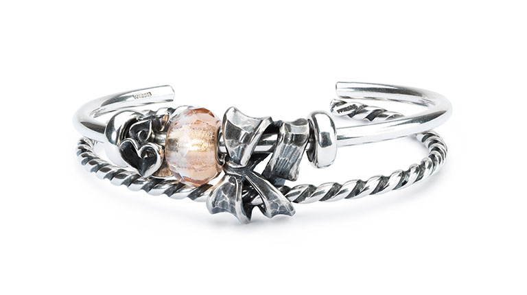 Winter 2016 Bangle Twisted Double Bow