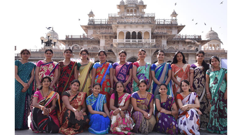 A group photo of the women from the workshop in Jaipur, India