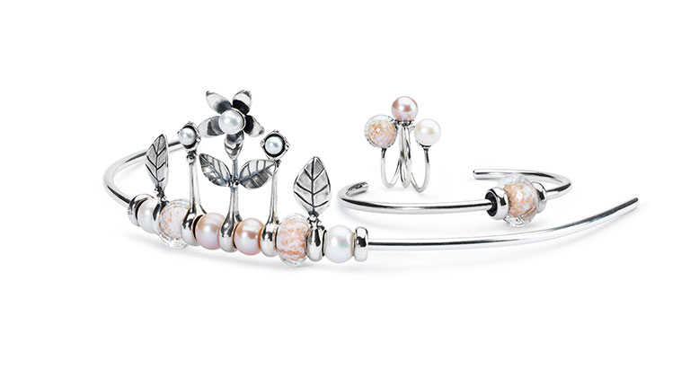 Image of a Trollbeads tiara and complimentary bracelet and rings.