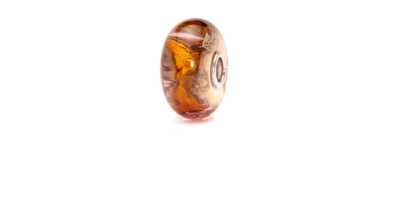 Trollbeads Golden cave glassbead containing 22-carat goldleaf